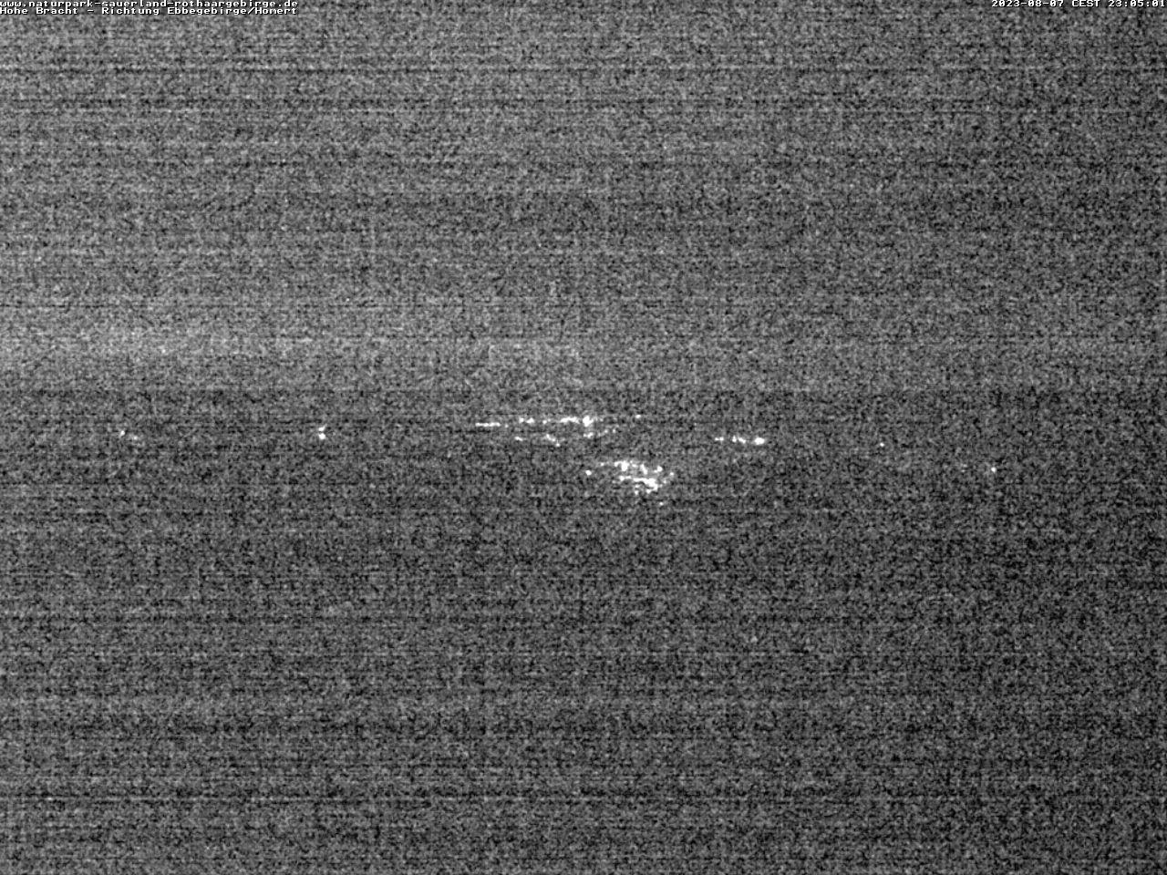 Webcam Hohe Bracht - Blickrichtung Ebbegebirge